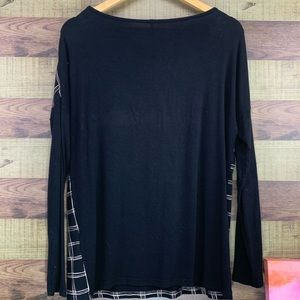 soyaconcept Tops - SOYACONCEPT Plaid front panel lightweight LS